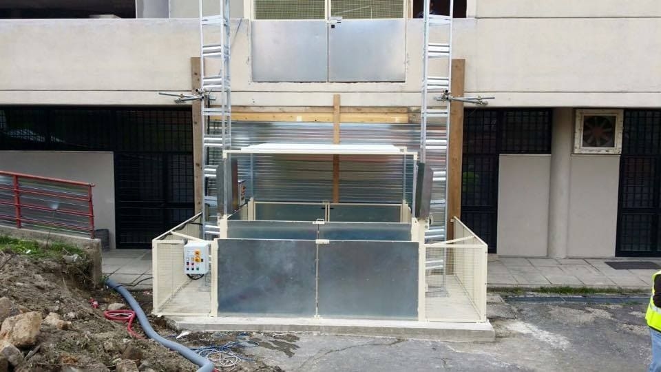 ascensore da cantiere con doppia colonna